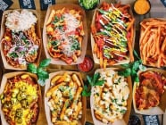 ခဏခဏ ဗိုက်ဆာတတ်တဲ့ Foodie လေးတွေအတွက် Foodmall ရဲ့ Happy Hour Promotion