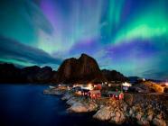 ကမ္ဘာပေါ်မှာ အလှဆုံးသော Aurora Borealis ကို မြင်တွေ့နိုင်မယ့် နော်ဝေက Lofoten ကျွန်း