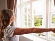 အိမ်ထဲမှာ လေထုသန့်စင်အောင် ဘယ်လိုပြင်ဆင်နေထိုင်သင့်လဲ?